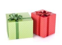 2 коробки подарка с лентой и смычком Стоковое Изображение