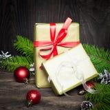 2 коробки с подарками на рождество Стоковая Фотография RF