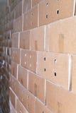 Коробки упаковки картона в складе, предпосылке Стоковые Изображения RF