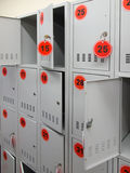 Коробки для хранения в супермаркете Стоковые Изображения RF