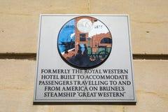 Королевская западная металлическая пластинка гостиницы в Бристоле стоковое изображение rf