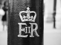 Королевский cypher ферзя в Лондоне черно-белом Стоковое Изображение