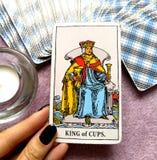 Король карточки Tarot чашек стоковое изображение rf