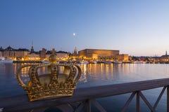 Королевский дворец Стокгольм на сумерк Стоковые Изображения RF