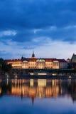 Королевский замок в Варшаве на сумраке Стоковая Фотография RF