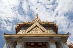 Королевский монастырь Wat Tri MItr - Бангкок, Таиланд Стоковое Изображение RF