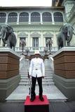 Королевский предохранитель на грандиозном дворце, Бангкок Стоковые Изображения RF