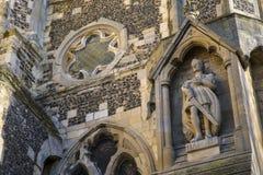 Король Гарольд Положение на церков аббатства Waltham Стоковые Фотографии RF