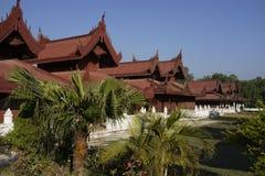 Король Дворец в Мандалае, Мьянме (Бирма) стоковые изображения rf