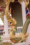 Король Nagas перед виском в Таиланде Стоковое Фото