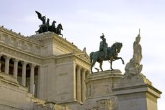 Король Vittorio Emanuele 2 памятника Venezia аркады Рима Стоковые Фотографии RF