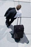 корпоративная завальцовка человека багажа стоковые фотографии rf