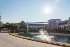 Корпоративный кампус штабов Д-р Перца Keurig в Plano, Texa стоковое фото