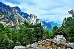 Корсик-взгляд гор от Bavella стоковое фото