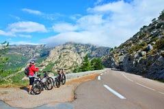Корсик-дорога от Zonza к Col de Bavella стоковая фотография rf