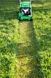 Косить лужайку Стоковое фото RF