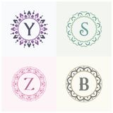 Косметики и письма y марки товара красоты и логотип s конструируют Вензель письма вектора z и b Стоковое Изображение