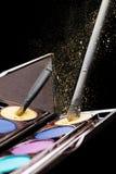 Косметик-сделайте вверх: Палитра теней для век Стоковые Фото