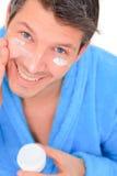 косметический cream мужчина стоковая фотография