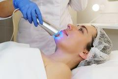 Косметология оборудования Ультразвук chromotherapy стоковое изображение rf