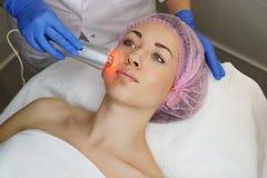 Косметология оборудования Ультразвук chromotherapy стоковые изображения rf