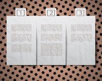 Космос вырезывания бумажный для текста на предпосылке Стоковая Фотография RF