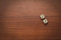 2 кости нумерует двойник 3 Стоковое Изображение