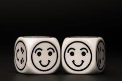 2 кости смайлика с счастливым эскизом выражения Стоковые Фотографии RF