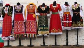 костюмы Люд-стиля от Болгарии Стоковое Изображение