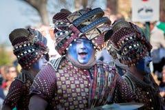 Костюмы Braveheart в параде масленицы стоковое изображение