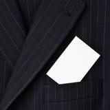 Костюм с пустой визитной карточкой в карманн Стоковое Изображение
