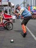 Костюм традиционного игрока в гольф человека, окружная ярмарка стоковые фото
