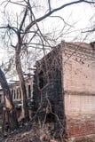 , котор сгорели-вниз дом Стоковая Фотография RF