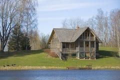 коттедж деревянный Стоковые Фотографии RF
