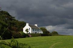 Коттедж Ирландия фермы Стоковые Изображения RF