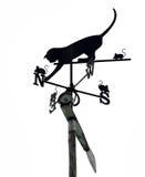 Кот с лопастью погоды Mouses на белизне Стоковое Изображение