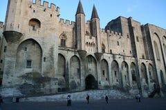 Коут d европа Франция экземпляра azur avignon alps центральный дробит квадрат на участки космоса pope Провансали дворца стоковые изображения