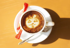 Кофейная чашка с искусством Стоковое Фото