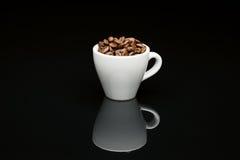 Кофейная чашка фасоли Стоковое фото RF