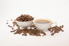 Кофейные зерна и кофе Стоковые Изображения