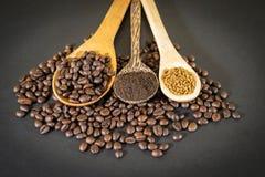 Кофейные зерна, порошок кофе и растворимый кофе Стоковая Фотография RF