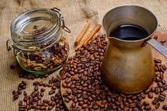 Кофе в старом турке Стоковые Фотографии RF