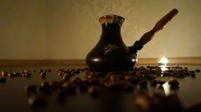 Кофе в турке стоковое изображение