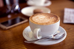Кофе в фокусе кофе дом-селективном Стоковые Фотографии RF