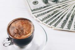 Кофе и деньги Стоковое Фото