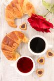 Кофе и круасант стоковое изображение