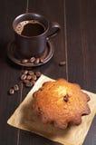 Кофе и пирожное стоковое изображение