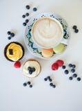 Кофе и пирожные Стоковые Изображения RF
