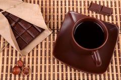 Кофе и шоколад, взгляд сверху стоковые изображения rf