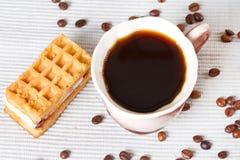 Кофе и waffles Стоковые Изображения RF